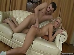 Elin Having Sex On The Couch