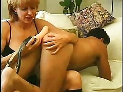 Mum likes to play with a boys asshole