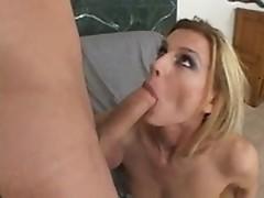 Darryl Hanah is inserting phallus into her jumbo