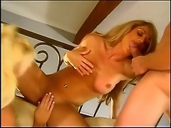 Nina Dolci has so sweet cunt cream to mix with cum