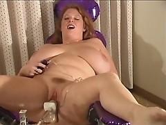 Kat Vixen fucks the Thrillhammer