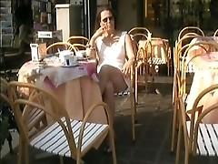 upskirt at cafe on the gardalake