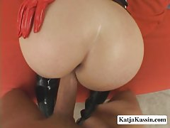 Sexy Pornstar Gets Assfucked