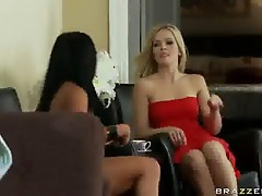 Alexis Texas and Audrey Bitoni in The Driver