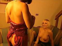 Maria Loren - amazin' lesbian with an hot blonde