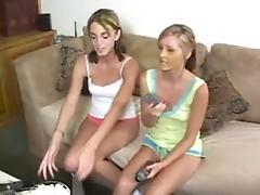 Teen Lesbians