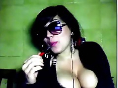 Webcam Susy hot cleavage!