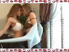 Charmane & Mia Kisses