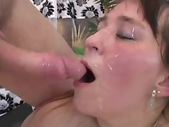 Fat, amateur bitch suck all the hot cumshots