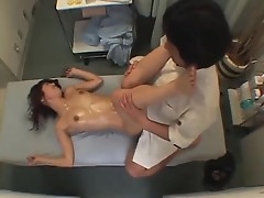 Hidden cam filmed Thai massage of cunt by two guys