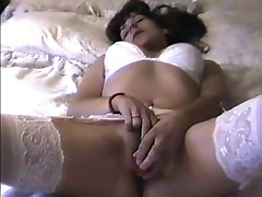 homemade amateur girl uses dildo and fingers to noisy orgasm