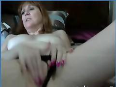 My Mature Fuck Friend Fingering on Cam