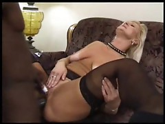 Mature slut like to be fucked by black