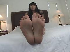 Wide Toe Spreading