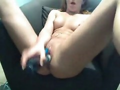 Teen dildoes herself