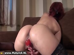 Dirty mature housewife fucking