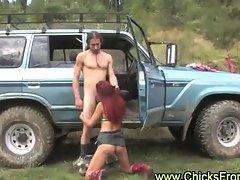 Amateur couple fuck outdoors in Australian bush
