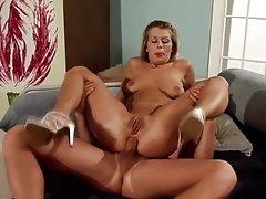 Nikkie's intimate butt fucking