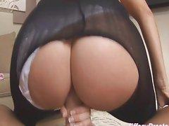 Getting her huge ass creampied