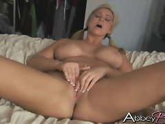 Curvey thick Abbey Brooks rubs her sweet pussy until she screams and cums