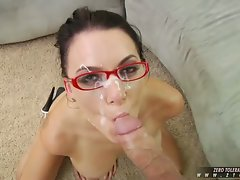 Busty babe Juelz Ventura gets moth fucked and jizzed on her face