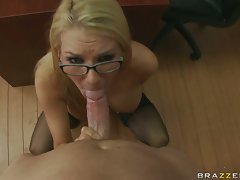 Blake had a hardcore fuck session and gets ready to have cum on her mouth