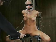 Lovely gentlewoman with a bland yoni gets tortured in the dungeon