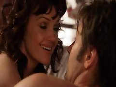 Easygoing hose-bag with a plucky gammon goalpost, Carla Gugino, does David Duchovny