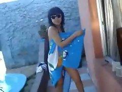 grabo a mi hermana mexicana bailando en bikini