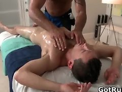 A gay massage a day keeps the doktor part4