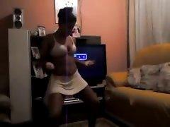 Novinha dancando 4