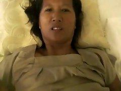 Thai girlfriends mom