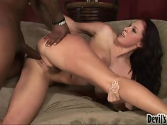 Bombastic babe Gianna Michaels gets her pussy stabbed by a monster rod behind