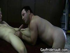 Hard gay bear fucking and sucking gay porn
