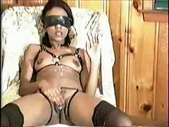 Blindfold Blow and Pussy Rub