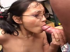 Expressive Asian FULL SCENE - who IS this girl?