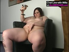 Bbw pussy cigar and vodka on chair