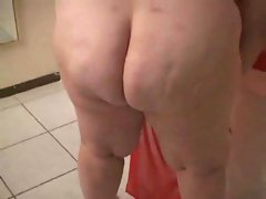 Bbw shows off what she's got