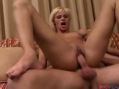 Sizzling Hot Teeny blonde pussy milking huge cock