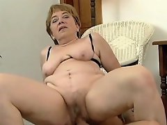 If you're into mature plumpers with big saggy breasts and fat bums,...