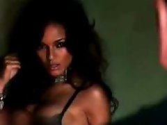 Behind the scenes from Selita Ebanks Maxim swimsuit photo shoot....