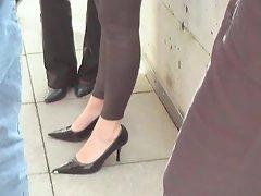 Feet dippind