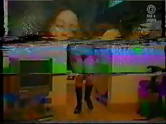 crazy vintage amateur video:hairy wife is dancing