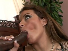 Bailey Brooks sipping the cum from black dick