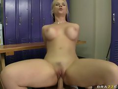 Sarah Vandella having a hard sex at the locker room