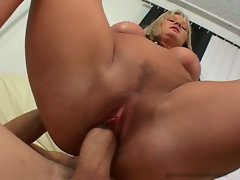 Allison Kilgore pumps her man's cock with her tight pussy until she gets creamed