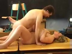 Curvy young lady pounded in the classroom