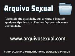 Safadinha chupeteira querendo na buceta 2 - www.arquivosexual.com