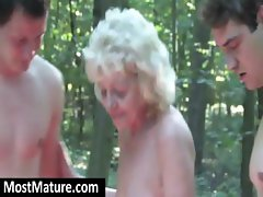 Refractory mature dame with a comely kooter rogers the gadgets of two guys