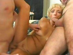 Nasty GILF Lindsey Caro